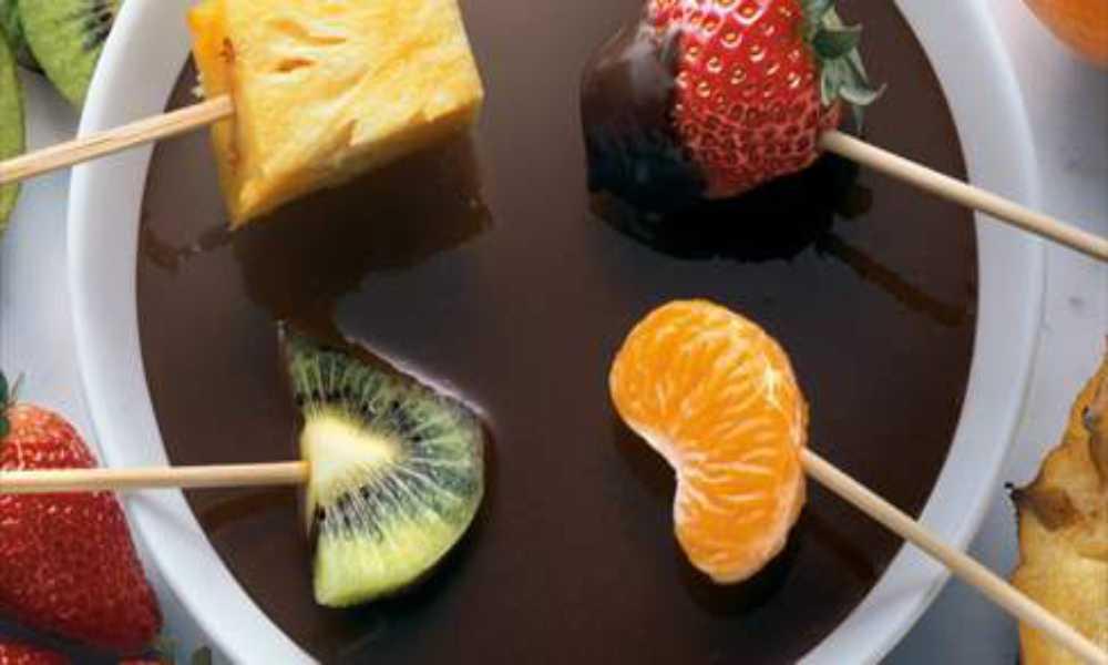 Fondee de Frutas Naturales con cobertura de Chocolate en restaurantesalamar.com  madrid